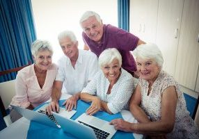 seniors-at-laptops